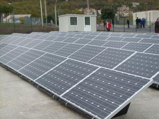 panoramica-campo-fotovoltaico1