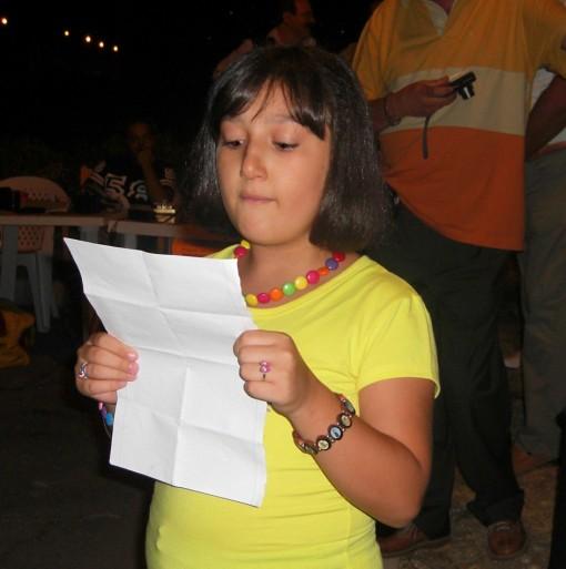Simona Sasso legge poesia Marcia Pace