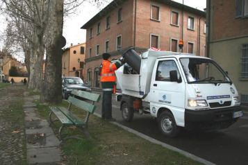 CASERTA(Ce)- In previsione passaggio alla provincia, assunzioni clientelari di operatori ecologici