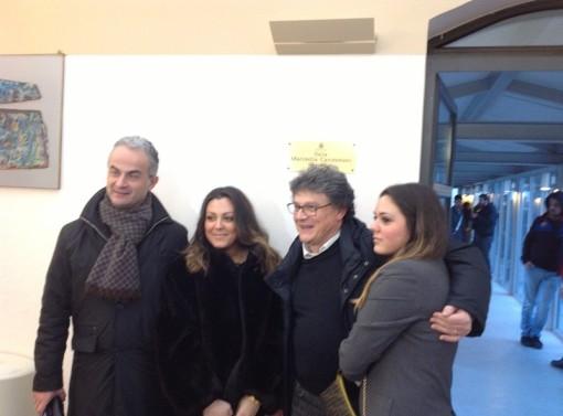 Sindaco Pio Del Gaudio alla Biblioteca comunale intitolata sala a giornalista Carotenuto