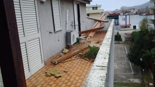 case distrutte dal vento