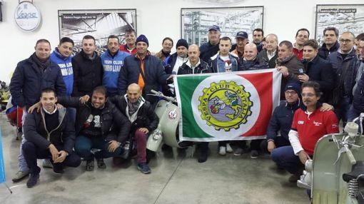 ROBERTO LEARDI PRESIDENTE DEL VESPA CLUB D'ITALIA CON I PRESIDENTI DI TUTTA LA CAMPANIA