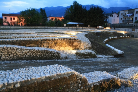 Alife anfiteatro romano 010