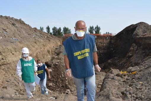 Arresto Gravante: minacce a dipendenti, rifiuti in fiume