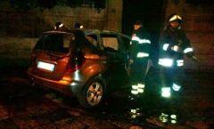 recale_auto-vestini-fiamme-incendio_271014