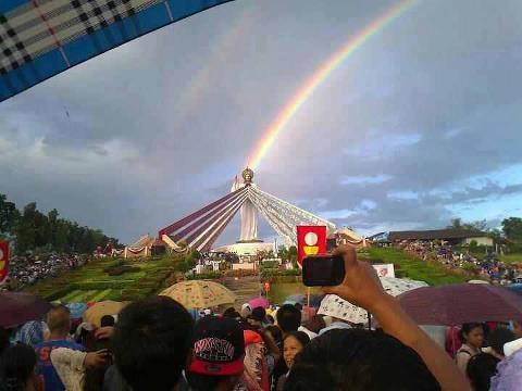 santuario divina misericordia filippine segno nel cielo