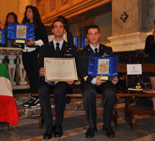 da sinistra il Sergente Giorgio Vivenzio