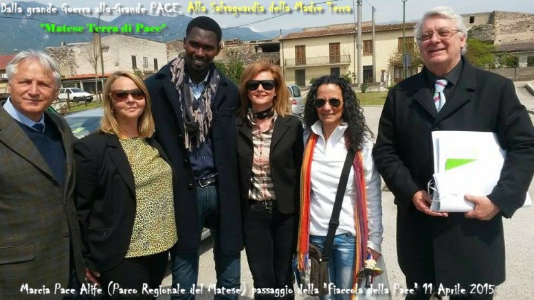 alife 3 marcia pace agnese con maddalena e gruppo
