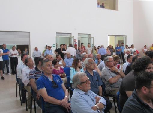 GRAZZANISE Il pubblico presente alla prima seduta consliare del 12 giugno 2015